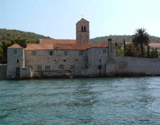 Arbanija dominikanski samostan